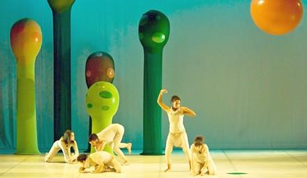 espetáculo de dança contemporânea Borbulho